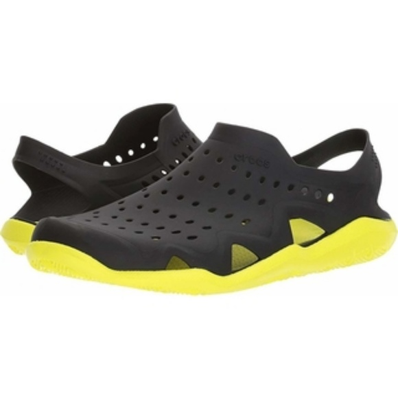 7534050fc4df8a CROCS Mens Swiftwater Wave Black Yellow Sandel
